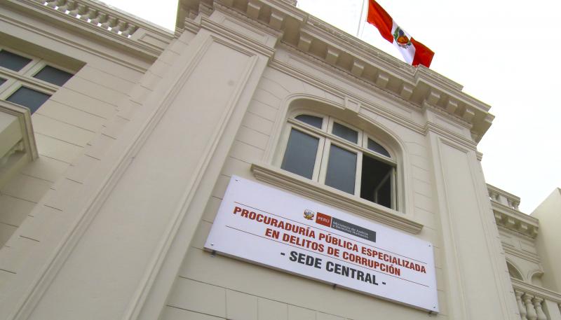 PROCURADURÍA ANTICORRUPCIÓN PRESENTA DENUNCIA PENAL CONTRA EL PROCURADOR AD HOC JORGE RAMÍREZ